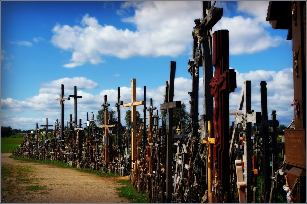 baltic states, lithuania, šiauliai hill of crosses