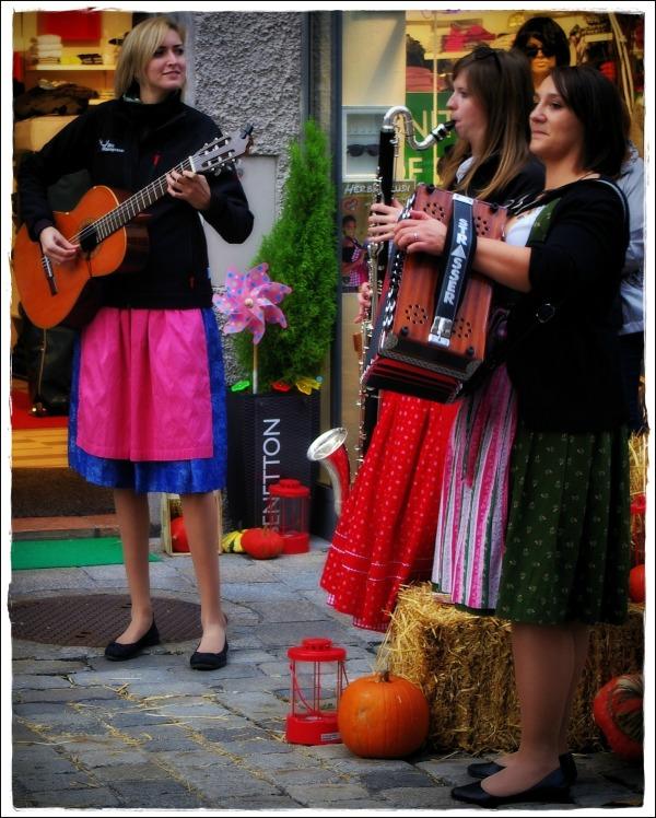 austria, salzburg, musicians