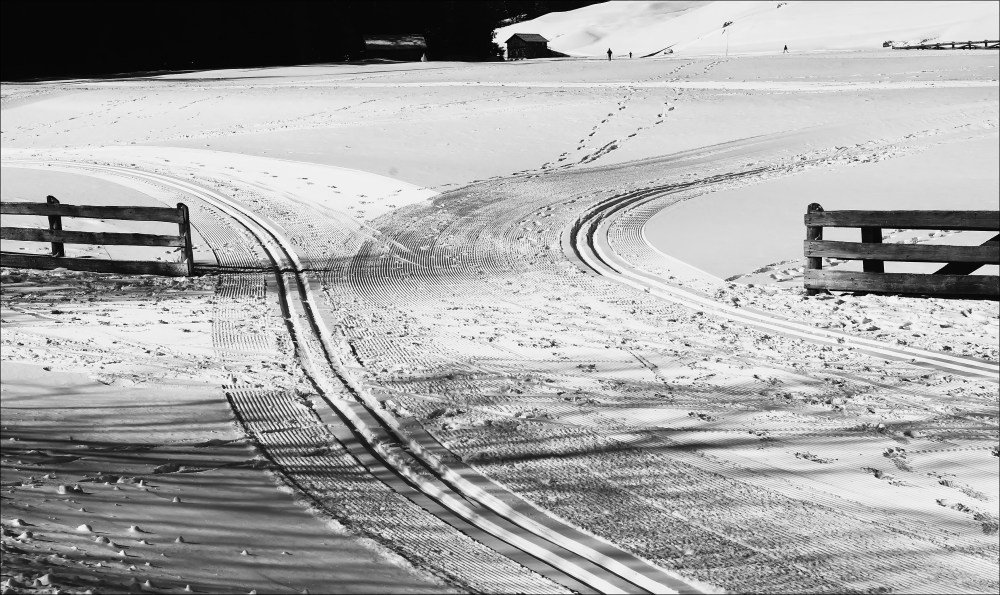 italy, corvara, winter, snow, tracks