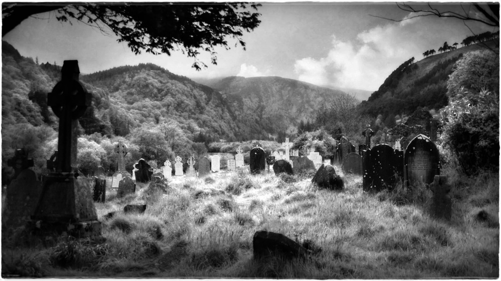 ireland, wicklow, glendalough, cemetery, bw
