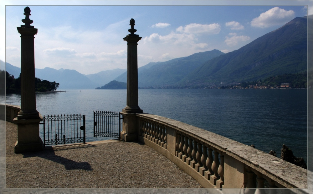 italy, lago di como, bellagio, view