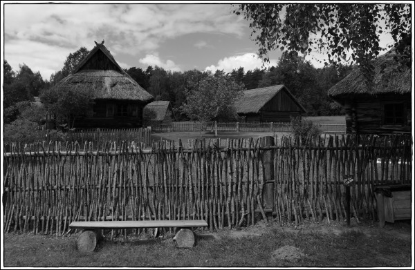 lithuania, rumšiškės, museum, houses, bw