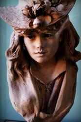 """""""Jeune femme au chapeau fleuri"""""""