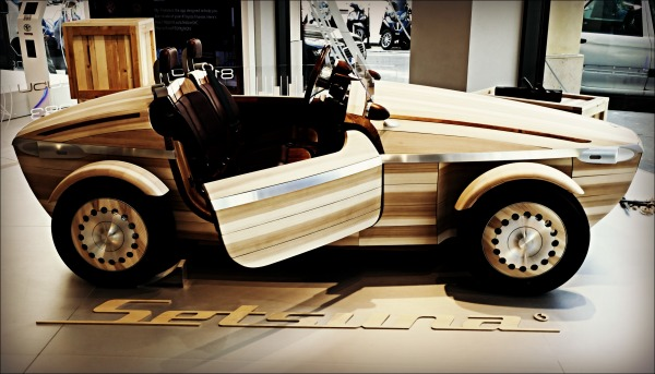 paris, wooden car