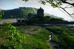 Eilean Donan Castle by day ...