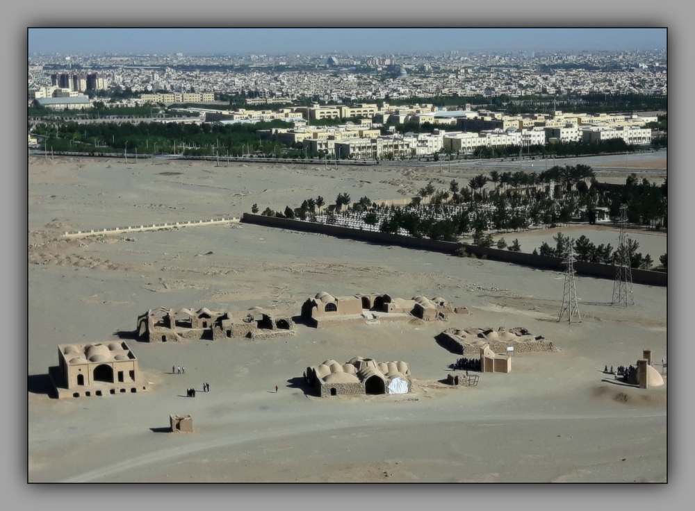 iran, yazd, suburbs
