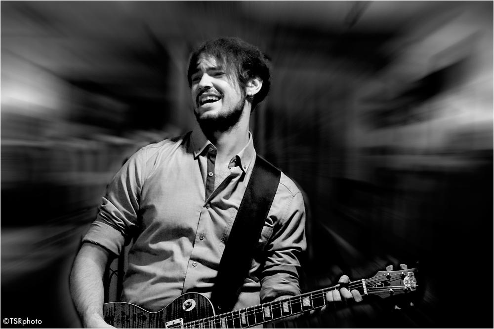 Guitarist 2/2