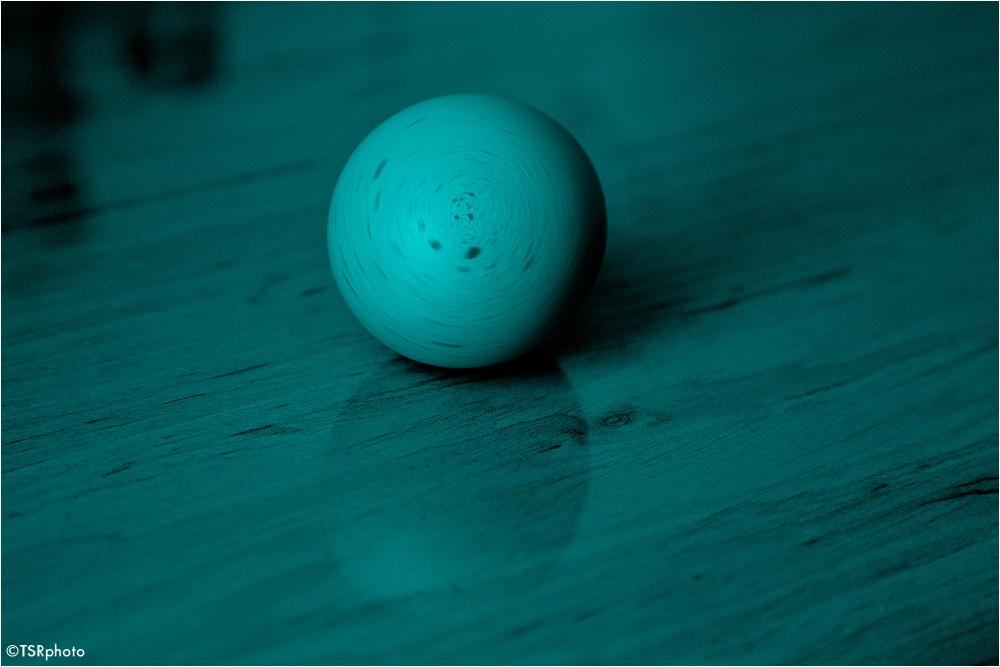 Rotating egg