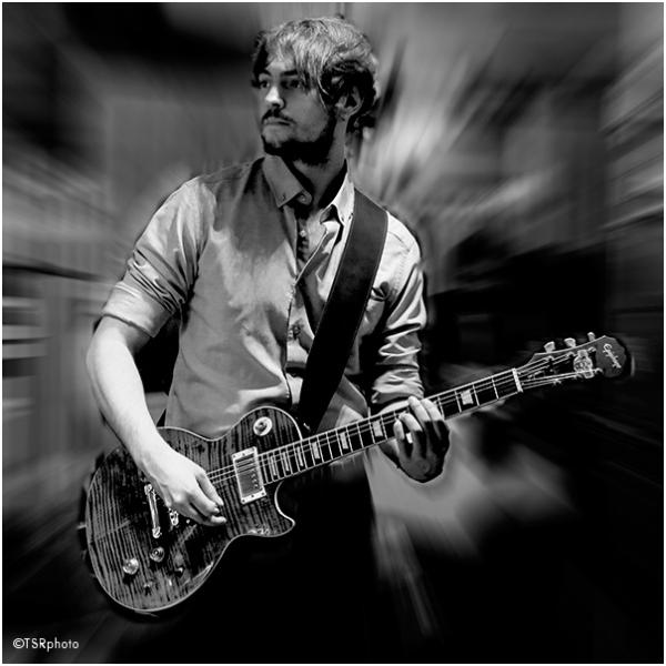 Guitarist 1/2