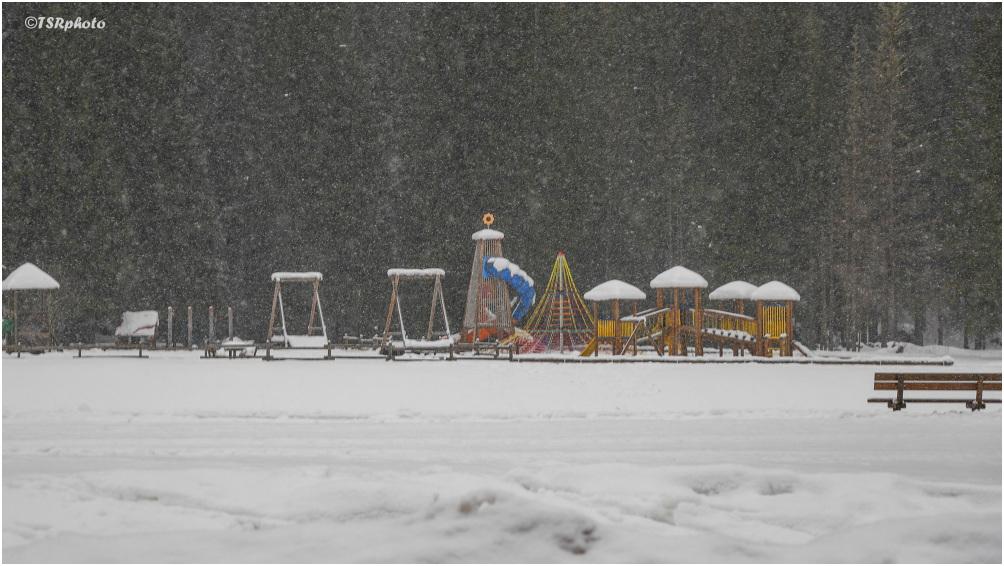 Playground (winter)