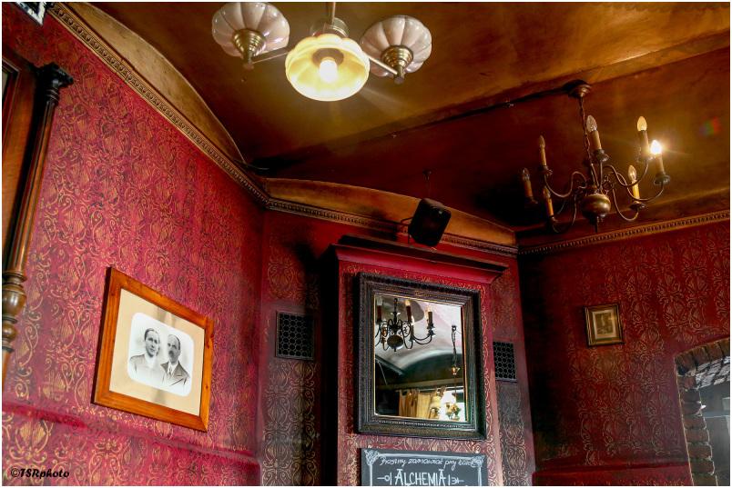 Old Restaurant 4/5