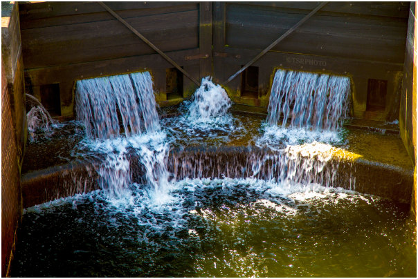 Closed Sluice