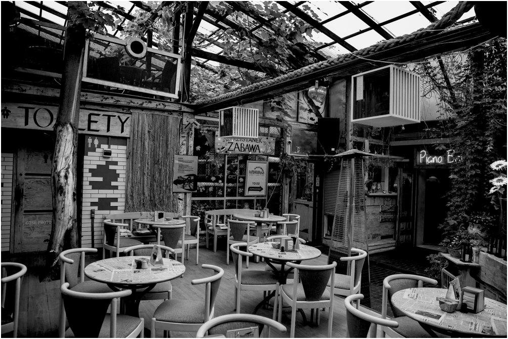 Restaurant Inside