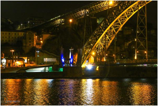 Porto by night (4)