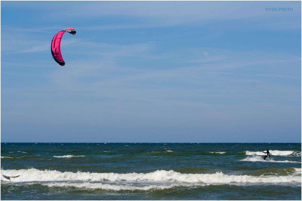 Kitesurfing 2