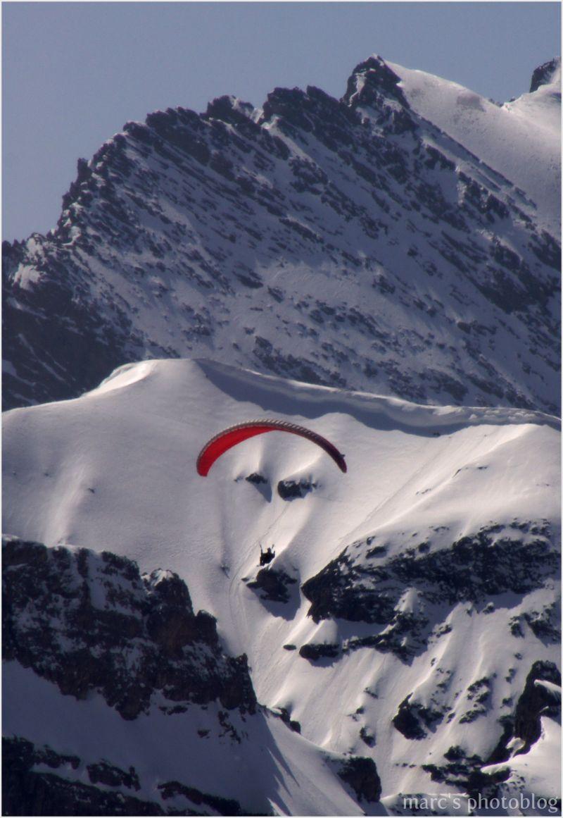 visage dans la montagne