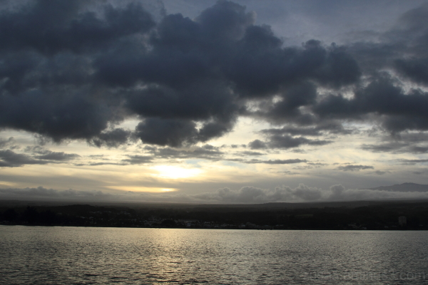 Cloud in Hilo bay