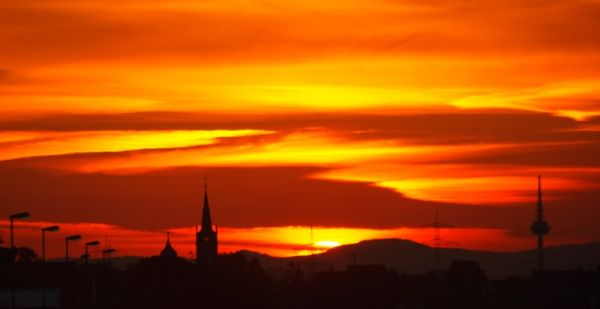 Sunset nera Mannheim from train