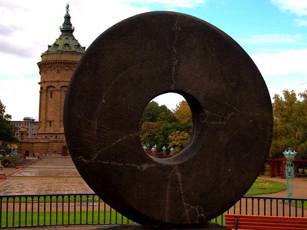 Looking through the 'donut' - Wasserturm Mannheim