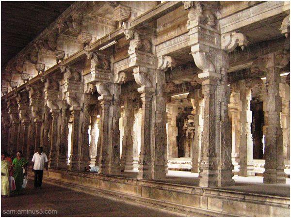 Thiruvanaikkaval Temple inside