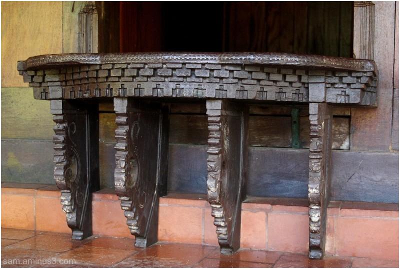 woodwork Dakshina Chitra
