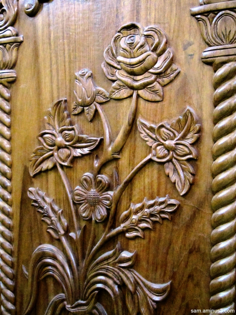 Door carvings art design photos kt sambandan photo