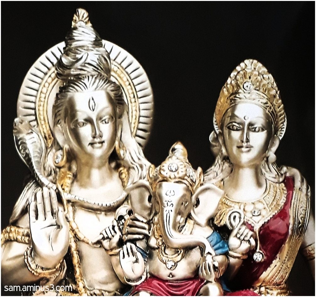 Shiva, Parvathi and Ganesha