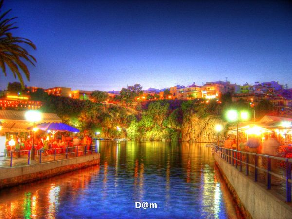Agios Nikolaos by night
