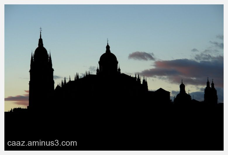 Pic of the cathedral of Salamanca at sunset