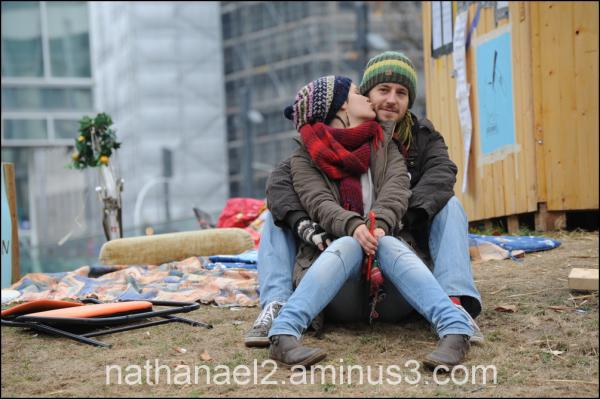 Occupy cheek...