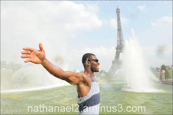 Eiffel shower...