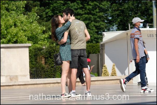Covid kiss...