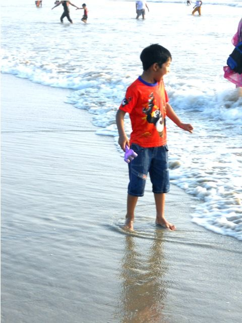 Enjoying the waves.........