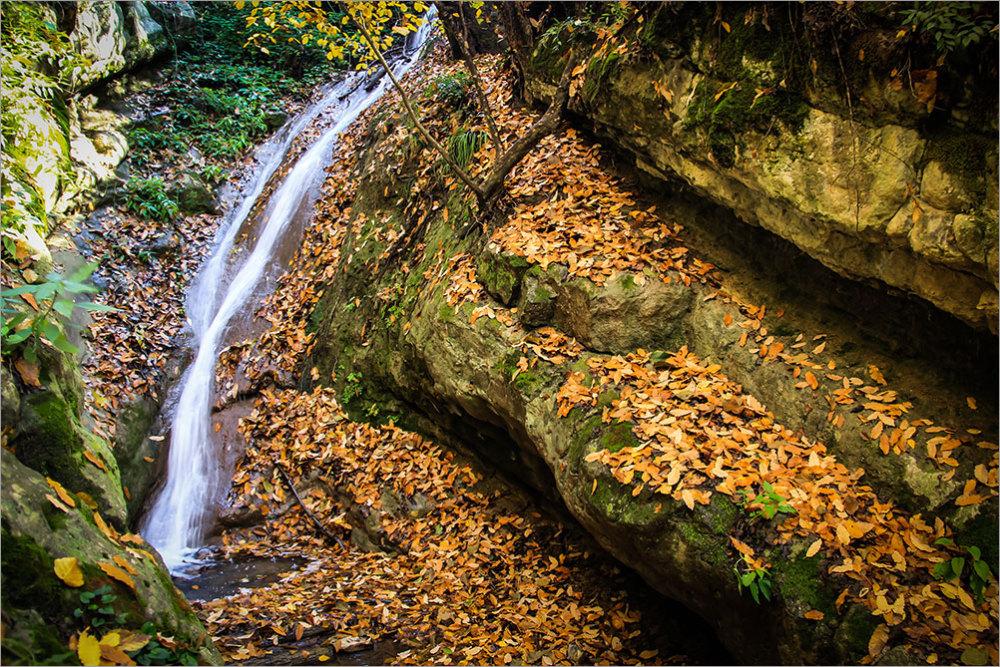 Waterfall  Hosina     آبشار حُسینا
