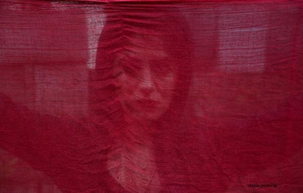 - قرمز -