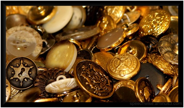 buttons of gold