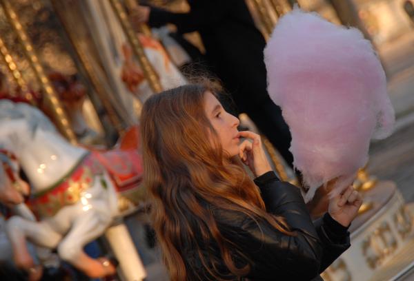 Girl wiith candy floss