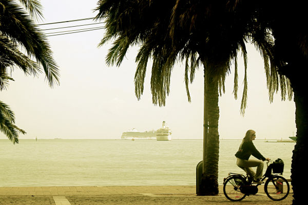 sea, bike & sun
