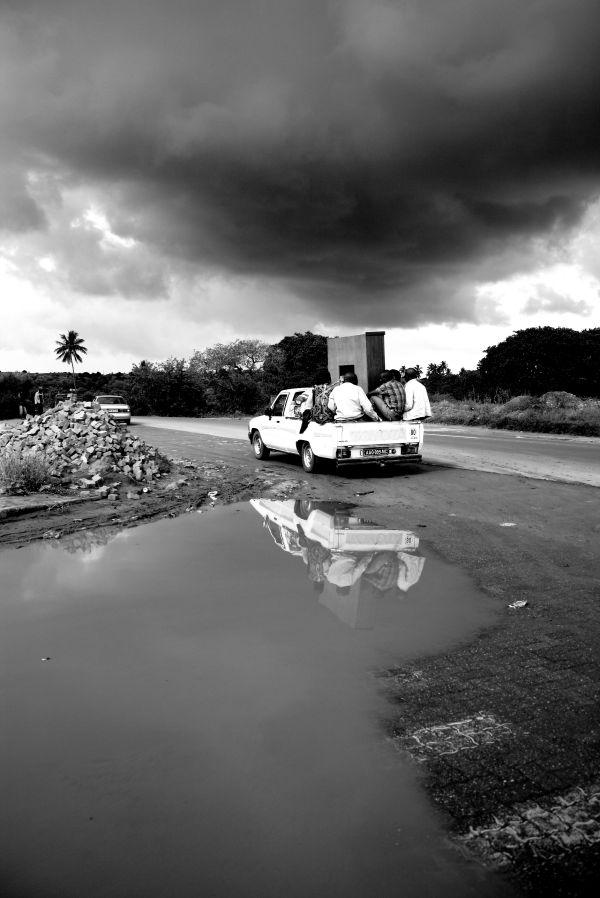 Bakkie Mozambique 2011 cloud silver