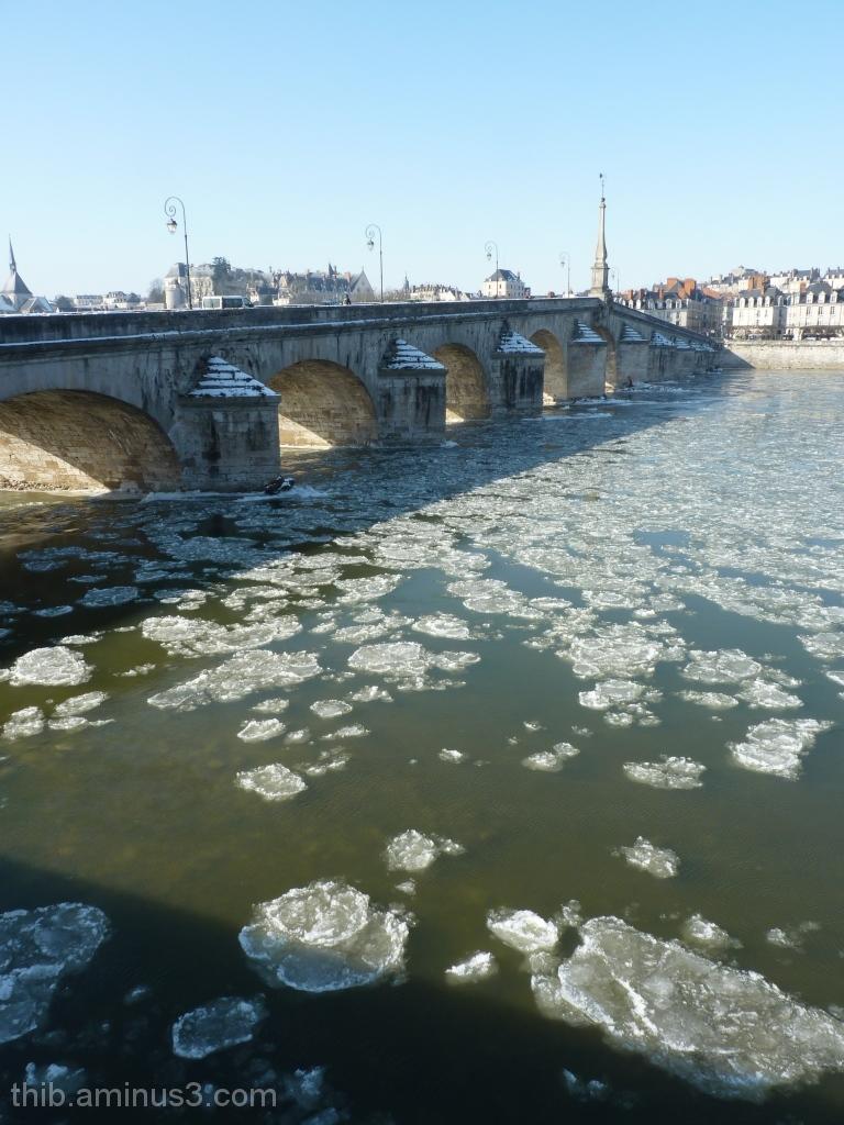 La Loire gelée à Blois