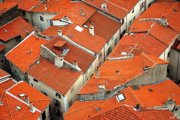 Vol au-dessus des toits
