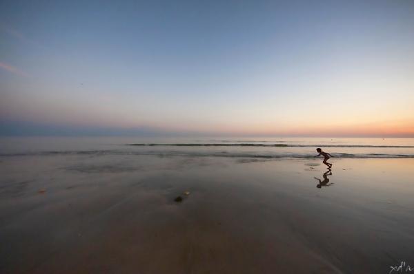 L'enfant et son surf