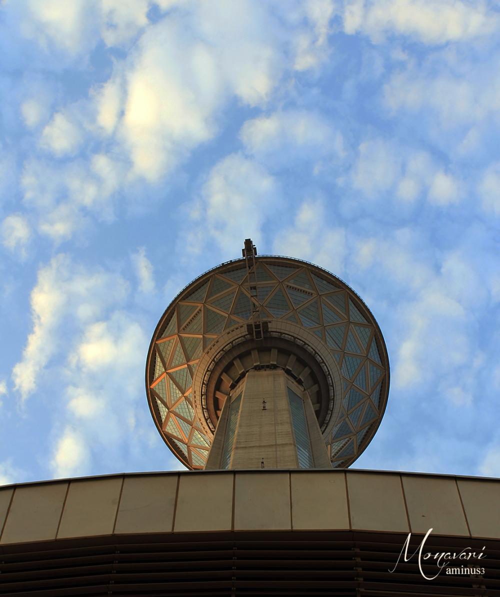 برج مبلاد
