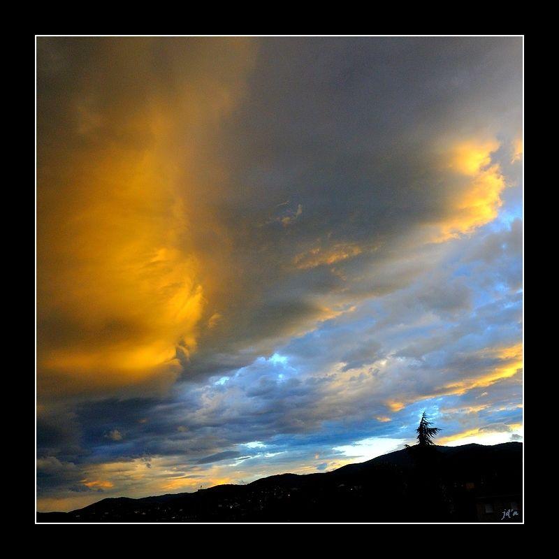 un ciel le soir