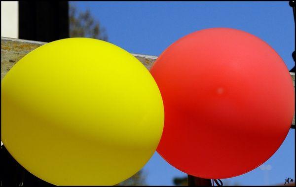 Deux ballons de fête