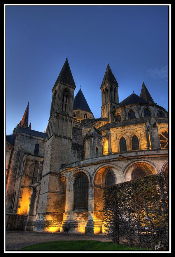 Photo de l'abbaye aux hommes de Caen.