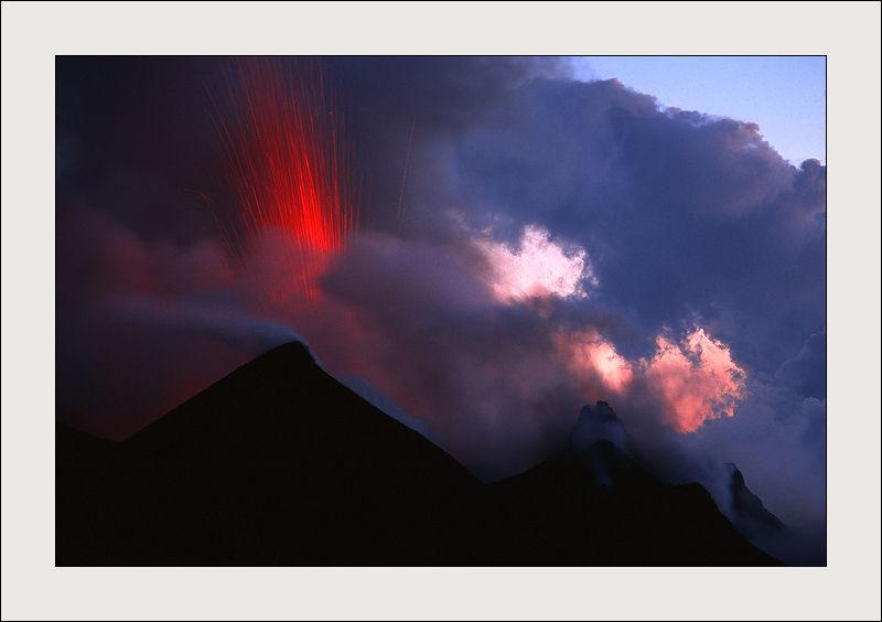 Eruption du volcan Stromboli en Sicile