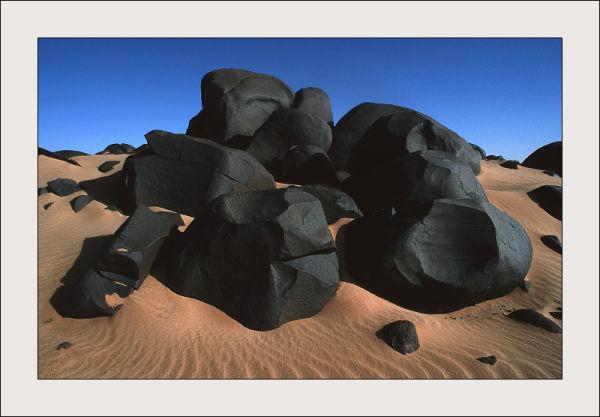 Black stones in Mauritania desert