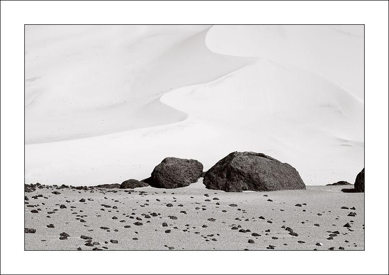 Erg Admer sand dune, Algeria