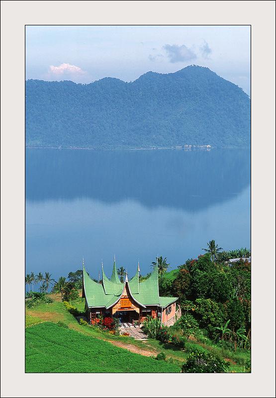 Lake Mannijau, Indonesia